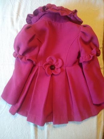 Пальто для девочки трёх лет