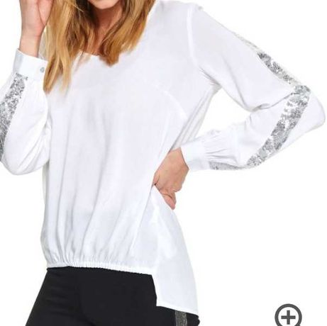 Bluzka biała z cekinami na rękawach