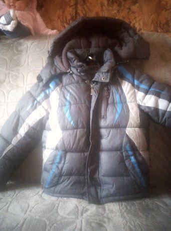 Продам курточку на мальчика