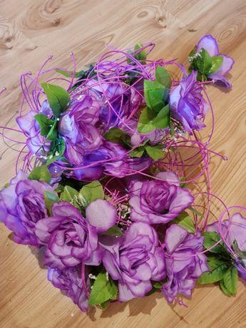 Kwiaty ślubne na auto fioletowe