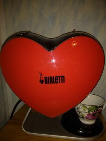 Ekspres do kawy w kształcie serca