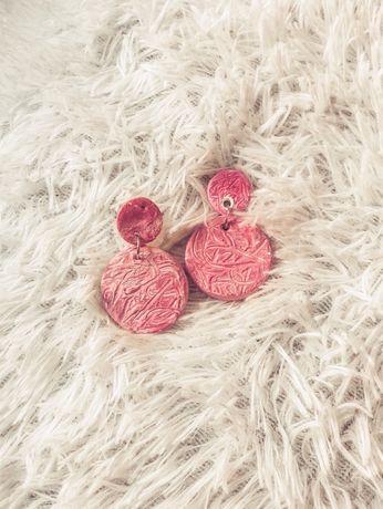 Bijuteria- Brincos de massa cor de rosa