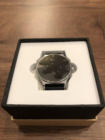 Piękny nieużywany Smartwatch Kruger&Metz