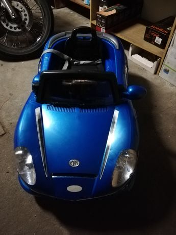 samochód zabawka na akumulator