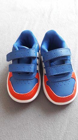 Buty dla Maluszka adidas Hoops rozmiar 20