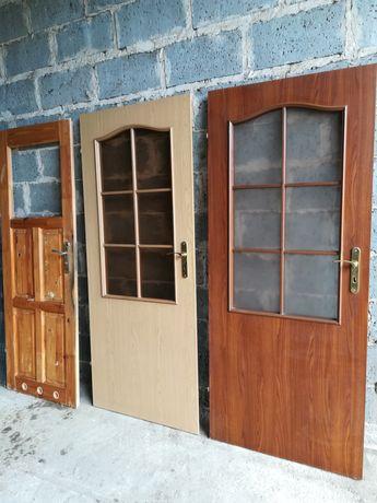 Drzwi wewnętrzne używane