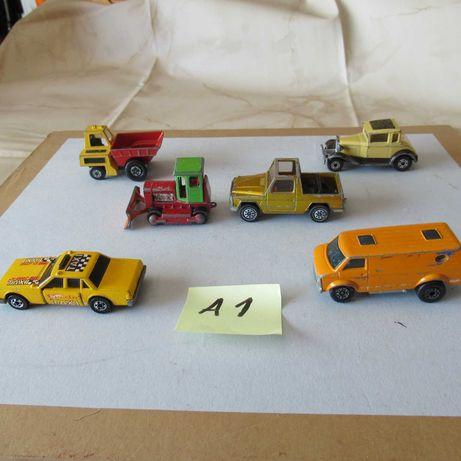 Lote A1   6 carros pequenos antigos em metal diversas marcas