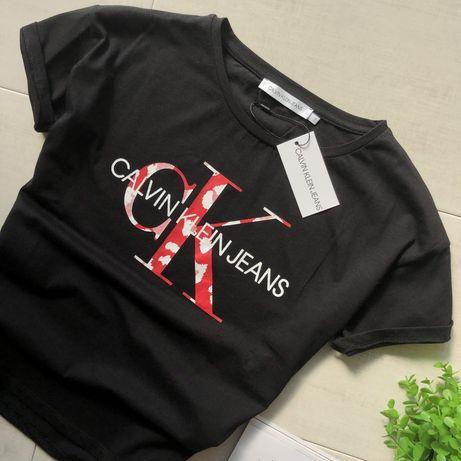 Женская футболка Calvin Klein 550грн
