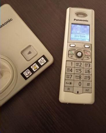 Стационарный радиотелефон в прекрасном состоянии