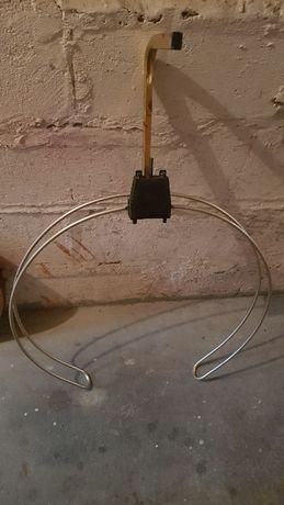 Antena radiowa okrągły dipol, wzmacniacz antenowy, przewód koncentr.