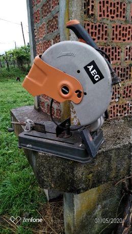 Maquina AEG de cortar ferro ou ceramica