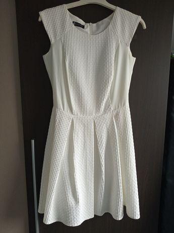 Sukienka ecru rozmiar S chrzest