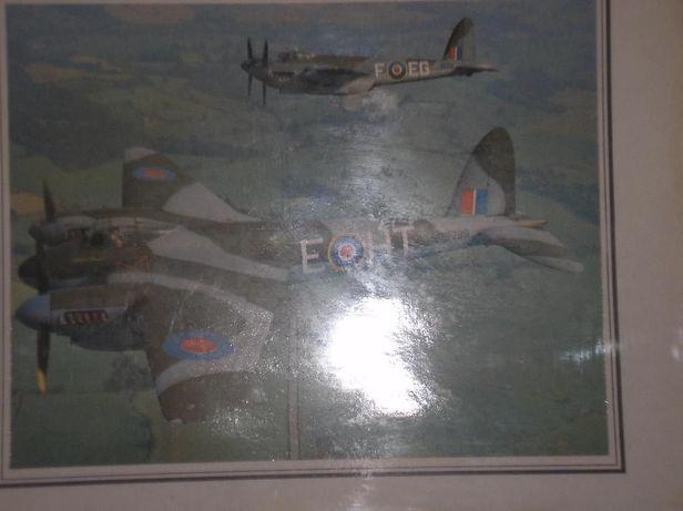 Fotografias antigas de avioes e selos britânicos
