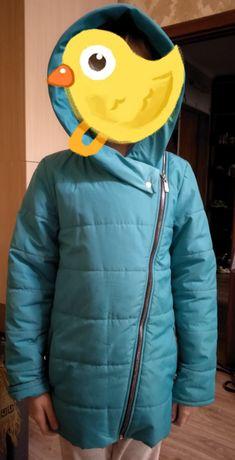 Куртка демисезонная на девочку
