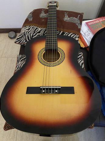 Guitarra classica 4/4