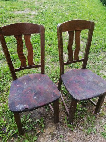 Drewniane krzesła do renowacji