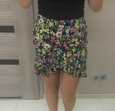 Spódnica w kwiatki i z falbankami H&M