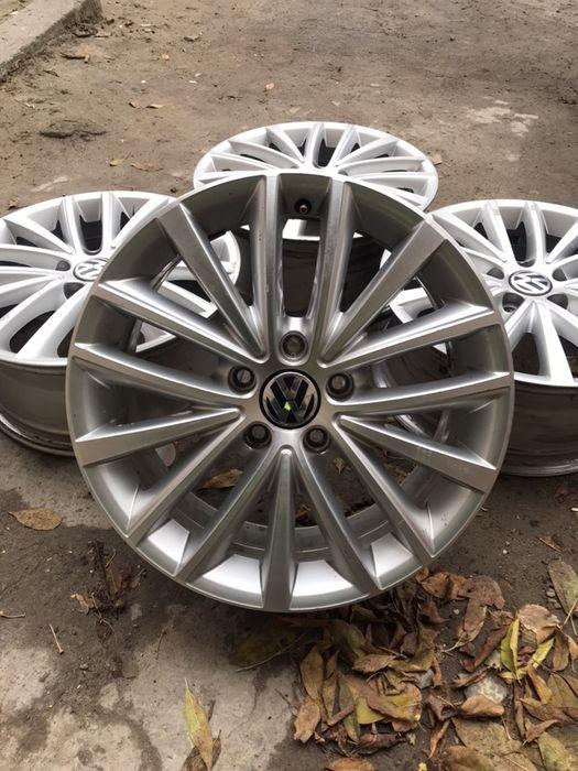 Оригинальные диски VW, Skoda, Siat 5/112 r17 Киев - изображение 1