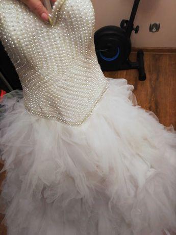 Suknia ślubna, cudowna