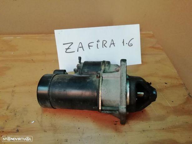 Motor de arranque Opel Zafira  1.6 16v