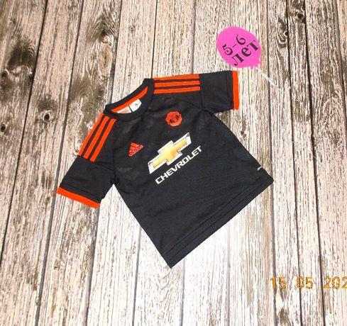 Фирменная футболка Adidas для мальчика 5-6 лет, 110-116 см