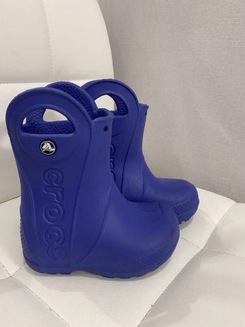 Продам резиновые сапоги Crocs С6