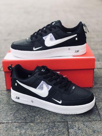 Кроссовки Nike Air Force (белые, черные)