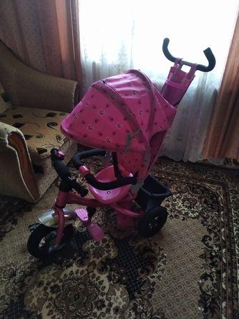 Дитячий велосипед AZIMUT TRIKE на надувних колесах,майже новий.
