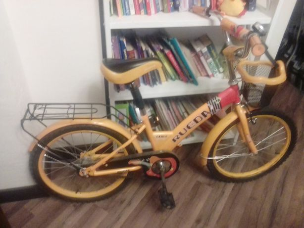 Детский велосипед 5 - 10 лет.Очень хорошее состояние.