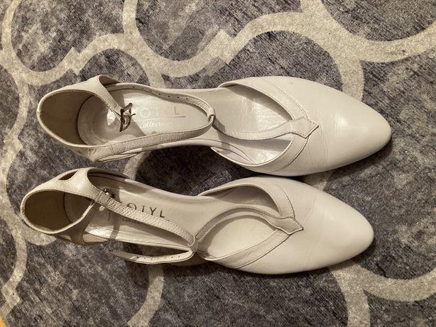 Buty ślubne Kotyl