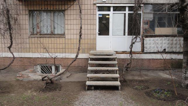 ПРОДАМ 1-к. кв. ИДЕАЛЬНА ПОД ЛЮБОЙ БИЗНЕС. Академическая 68, 1/9.