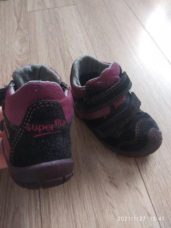 Демі черевички, пинетки, кроссовки,кросівки,кеди, сапожки,