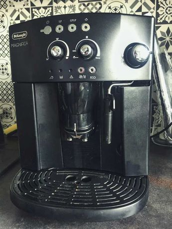 Ekspres do kawy De Longhi Magnifica - Okazja!