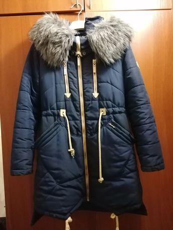 Зимняя куртка на девочку-подростка