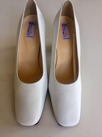 Piękne buty ślubne 39 skóra naturalna