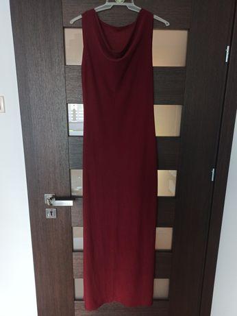 Długa bordowa suknia