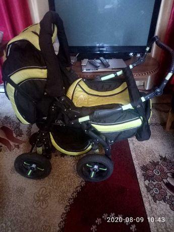 Детская коляска зимний и летний вариант