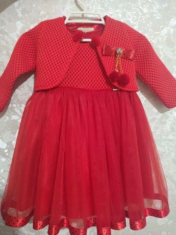 Платье красное на девочку