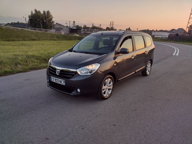 Dacia Lodgy 1,5 dci 6 biegów klima alufelgi pdc radio dotyko opłacona
