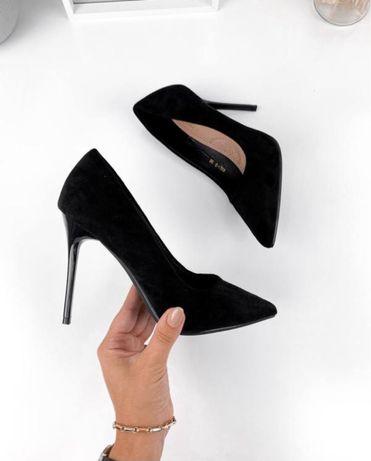 Черные классические туфли 37р