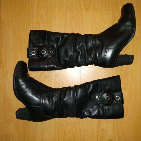 Зимние сапоги натуральный мех 37 размер на каблуке