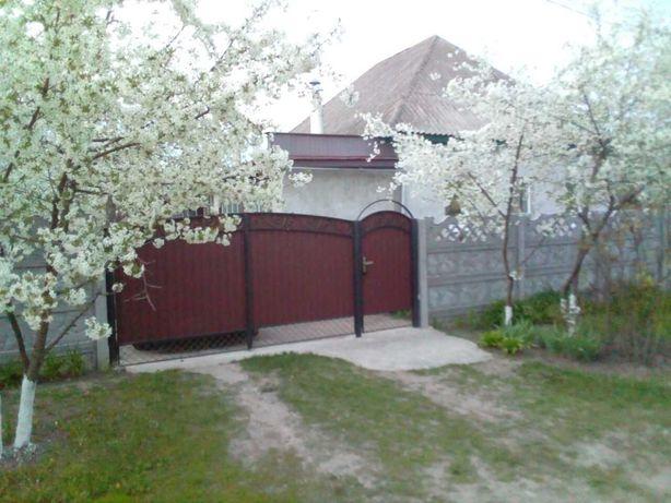 Продаж будинку у гарному стані