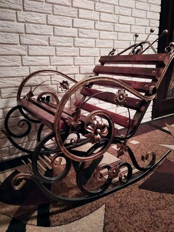 Продам крісло-качалку.