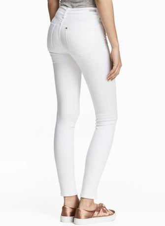 Белые штаны джинсы скинни h&m