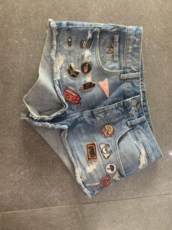 Spodenki jeansowe ZARA szorty naszywki