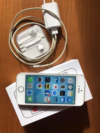 iPhone 5s Cinzento e Dourado