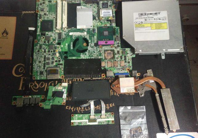 Portátil Insys Gameforce W76TUN + pen bluetooth + cartão memória 4GB