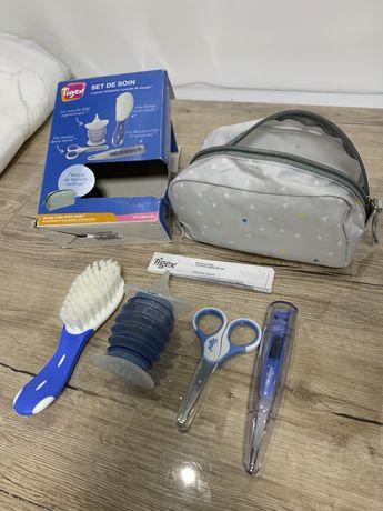 Набор для новорожденных/ножницы,градусник,расческа/распиратор/Tiger.