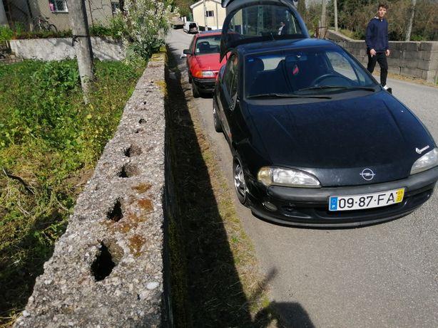 Opel tigra 1.4 16v