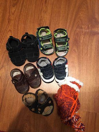Лот обуви. Пинетки, ботики, сандали/босоножки. Кожа, замш. Цена за все